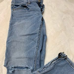 AE light washed jeans